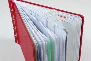 EnvelopeBook: handgemaakte aantekeningen- en bewaarboekjes van luxueus Japans papier en (n)ooit verstuurde Nederlandse enveloppen.    Restpartijen enveloppen en enveloppen uit de postkamers zijn geschikt voor #recycling  in de boekjes.