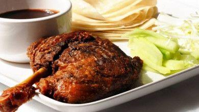 Gosta de comida chinesa? Então prepare um delicioso pato à pequim.
