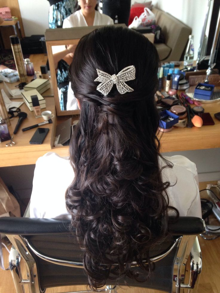 Gorgeous half up half down using hair extensions!