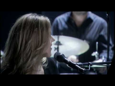 Music video by Diana Krall performing East Of The Sun (And West Of The Moon). (C) 2007 The Verve Music Group, a Division of UMG Recordings, Inc.