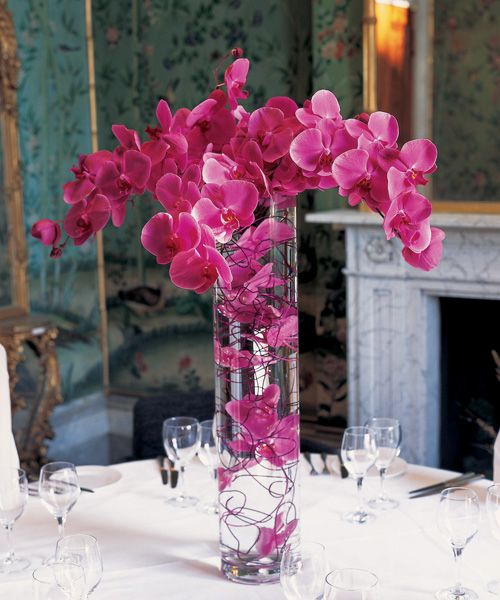 Paula Pryke Floral Artist at Ickworth House for a special dinner!