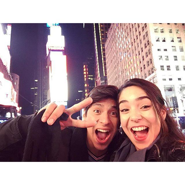 "@heyitspriguel's photo: ""Extrañamos NY  #tbt #timessquare"""