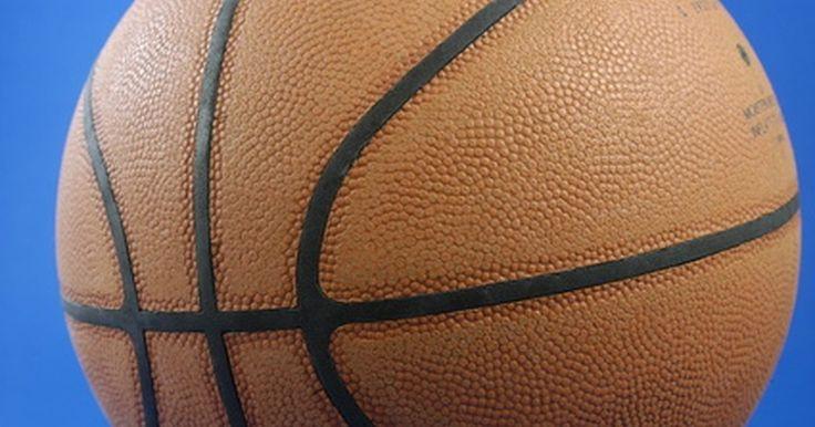Cómo hacer el logotipo de un equipo de baloncesto. Con toda la comunidad y las ligas de baloncesto, parece un gran desafío crear un nuevo logotipo del equipo a medida. Hay muchas maneras de crear un logotipo para un equipo. Existen fuentes en Internet que proveen plantillas para crear e incluso registrar nuevos diseños. Si quieres darle a un equipo o a los miembros de la comunidad la posibilidad ...