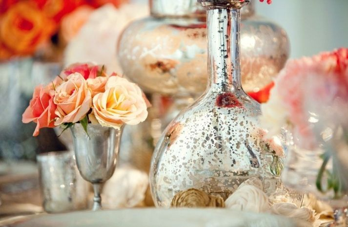 Add a touch of vintage to your wedding with these inspired details.