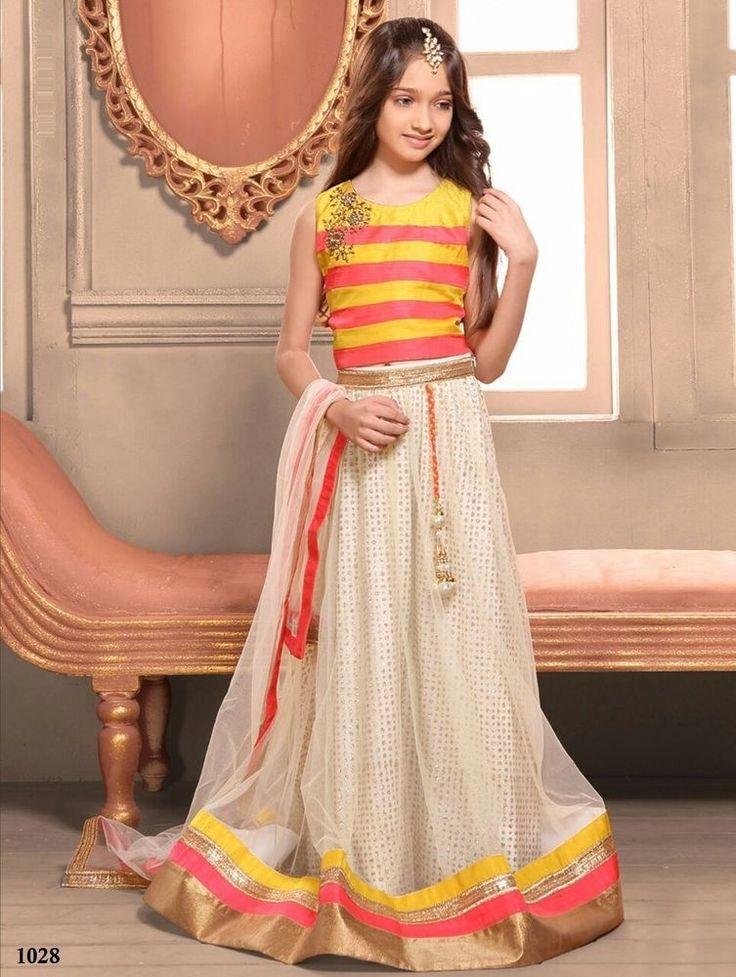 Indian Bollywood Wedding Ethnic wear Pakistani Lehenga Traditional Bridal Choli #KriyaCreation #LehengaCholi