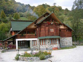Romania - Voineasa - Cabana 'Piatra Lotrului'