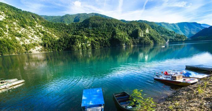 meer van Corlo, Noord Italie camping aan het water