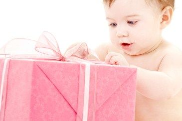This activity is simple. Find a box and wrap it with wrapping paper and give it to your child. Let them figure out how to rip it and open it on their own. This will help their small muscle control and coordination.