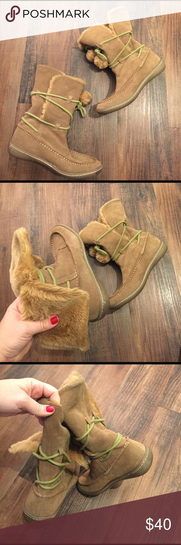 Steve Madden Iglou Pom Pom Boots Steve Madden Iglou Pom Pom Boots.  Suede Moccasin Style boots.  Can be laced up tall or folded over.  Very warm!!  Good condition! Steve Madden Shoes Moccasins
