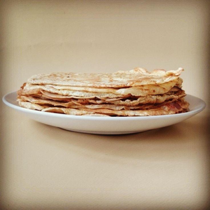 Ik had gister ineens ontzettend veel zin in pannenkoeken! We zijn in Nederland erg gewend om pannenkoeken te maken van gewoon tarwebloem, maar er zijn nog zoveel andere mogelijkheden. Er zijn in veel verschillende landen verschillende recepten voor pannenkoekjes te...Lees meer