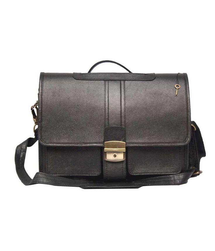 Loved it: Comfort Shoulder Black Leather Laptop Bag Expandable for 11 inch Laptop Messenger Bags, http://www.snapdeal.com/product/comfort-shoulder-black-leather-laptop/613977911