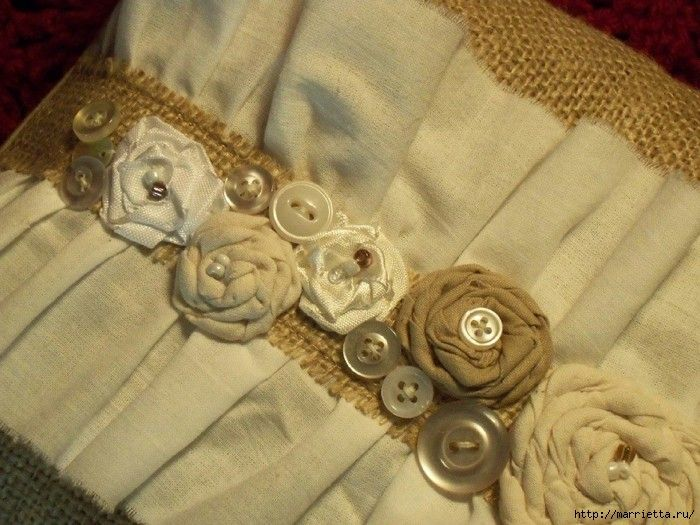 подушки из мешковины, бязи и цветов в стиле шебби шик (9) (700x525, 222Kb)