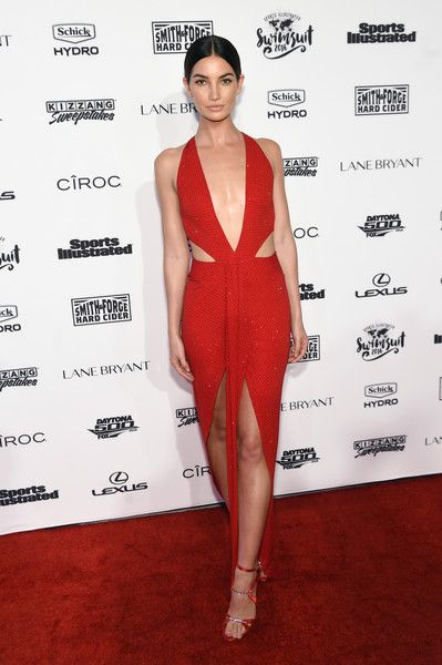 Lily Aldridge Photos - Model Lily Aldridge attends the Sports Illustrated Swimsuit 2016 - NYC VIP press event on February 16, 2016 in New York City. - Sports Illustrated Swimsuit 2016 - NYC VIP Press Event