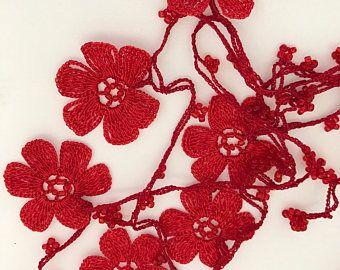 Collier fleur rouge, cadeau de Saint Valentin, collier au Crochet, bijoux faits main, bijoux de mode, Anatolie collier, collier de créateur, boho,