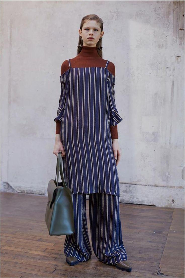 Fall Fashion 2019 – Entdecken Sie neue Trends und Stile #giorgioarmani #karenwalker #louisvuitton #fall2018 #20182019 #vuittonpre #spring2017 #victoriabeckham #emporioarmani #winter2018