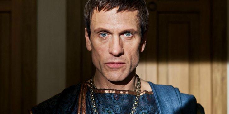 Spartacus alum Simon Merrells will play Julius Caesar when the Legends of Tomorrow visit Ancient Rome.