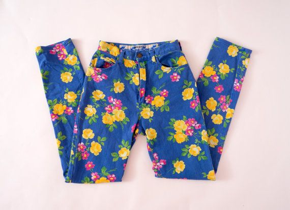 Hello Im glad youre here VINTAGE PANDORA shop  I offer vintage KENZO JEANS trousers 98% cotton 2% elastane color:blue/yellow/pink- in fact, the