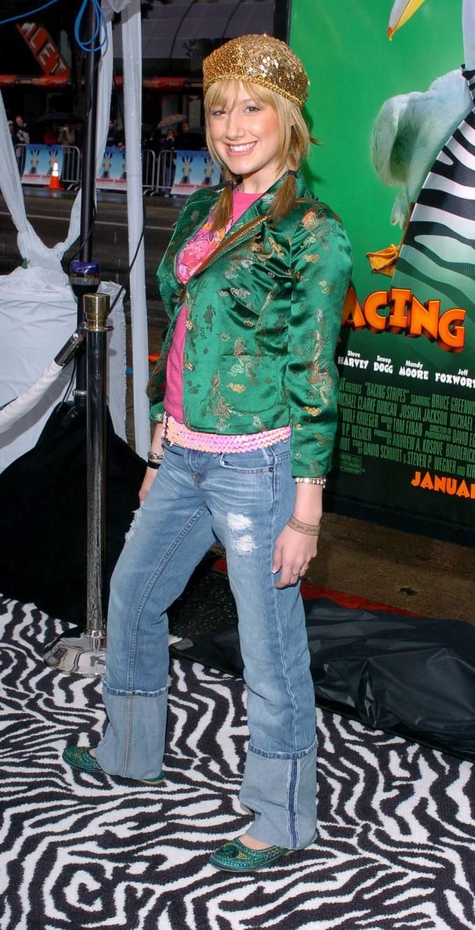 17 Times Ashley Tisdale Had Some Very Early 2000s Fashion Moments