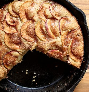 Cinnamon-Sugar Apple Skillet Cake