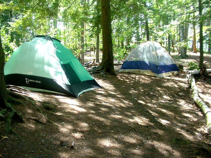Tent camping causes you to rethink your needs. Here is a list of what to take tent camping to make your camping holiday comfortable with a minimum of excess junk. Make a list of supplies ahead of time so that you will have the things that you need to make your camp cozy and convenient.