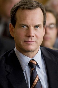 Bill Paxton love him in twister with Helen Hunt (: