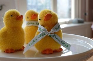 order your own woven nametape for Easter decoration on www.nominette.co.uk