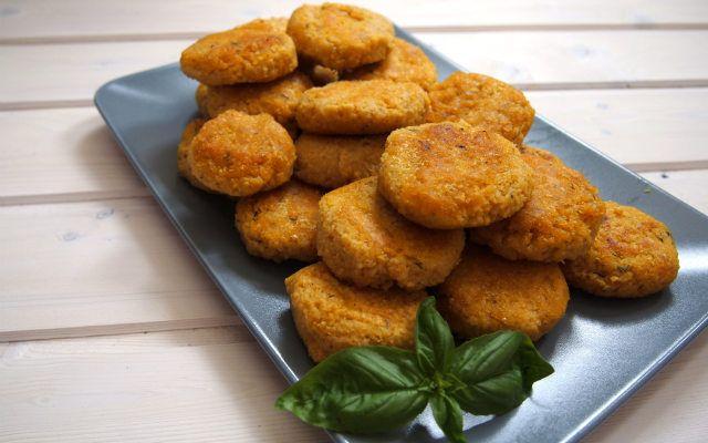 Hirse ist nicht nur glutenfrei, sondern bringt auch ansonsten eine Menge Mineralstoffe mit sich. Noch dazu schmeckt sie sehr lecker.