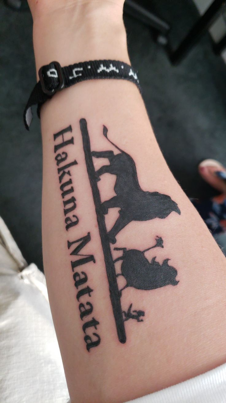 The Lion King Hakuna Matata Forearm Tattoo Hakuna Matata Tattoo King Tattoos Lion King Tattoo
