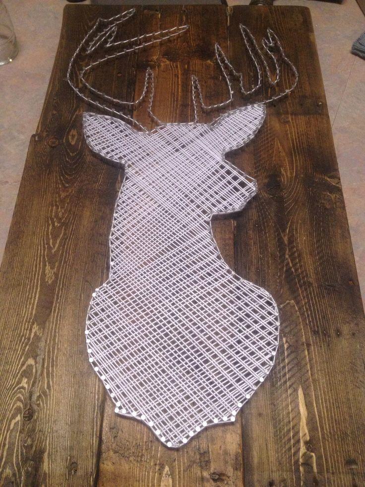 Chevreuil en Stringart. Deer string art