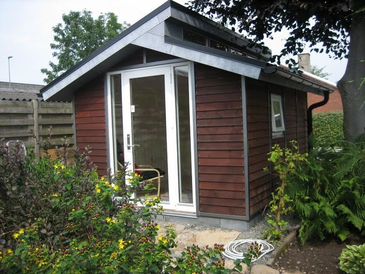 17 best ideas about tool sheds on pinterest garden tool shed garden shed diy and garden sheds - Sheds for small spaces property ...