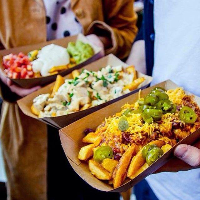 Frittenwerk - Die Pommesmanufaktur fries, fritten,tomato, fries, spicy, sour cream, pommes, delicious, lunch, imbiss, düsseldorf, bilk, germany, restaurant, fresh food fast, fries before guys, chees (Cheese Snacks Packaging)