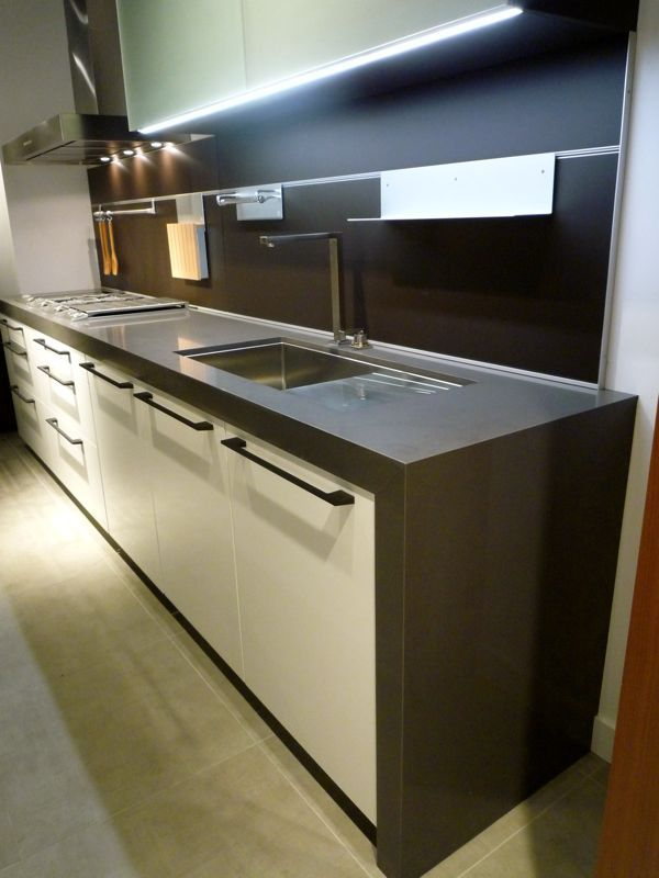 undermount version with integrated drainboard from Blanco