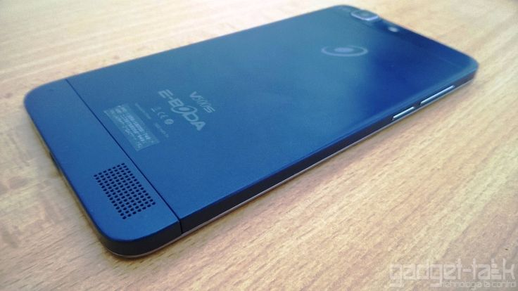 Review-ul smartphone-ului E-Boda Storm V500S