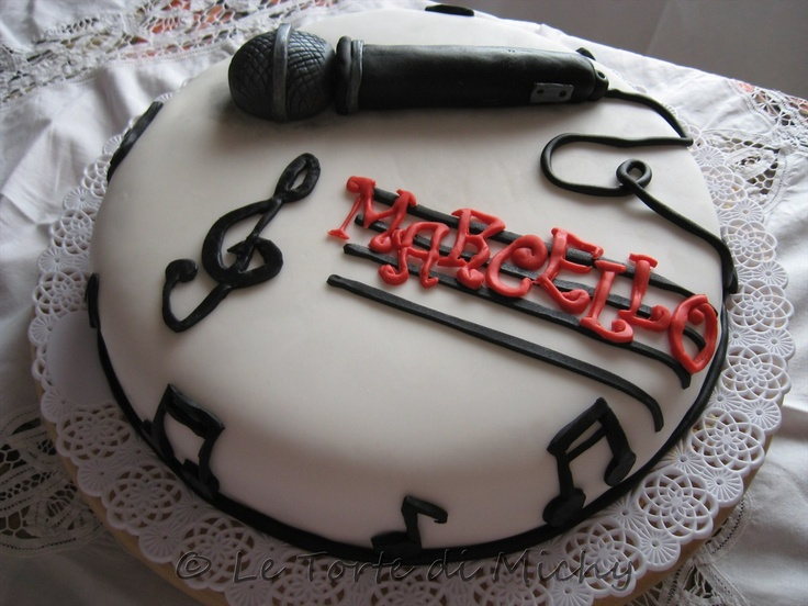 Cake Design For Singer : 34 best images about Music Inspired Cakes on Pinterest ...