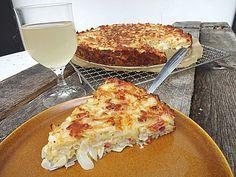 Zwiebelkuchen ohne Boden - einfach und lecker, ein leckeres Rezept aus der Kategorie Kuchen. Bewertungen: 100. Durchschnitt: Ø 4,4.