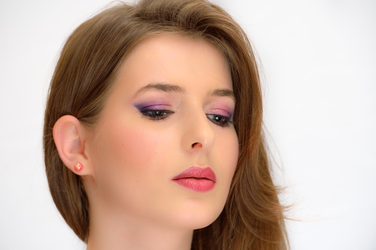 beauty, professional make-up, make-up touch academy, iasi, eye, attitude