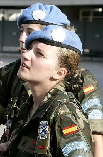 """Spanish army."""" ¡Las tan bellas Mujeres de Nuestro pays!"""""""