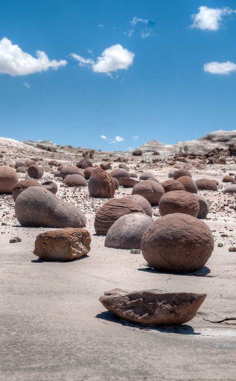 Bowling alley in Ischigualasto National Park (Cancha de bochas en el Parque Nacional Ischigualasto) | Valle de la luna | San Juan | Argentina