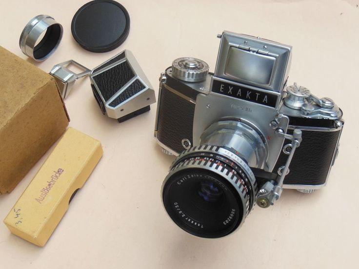 Exakta Varex IIb + Zeiss Tessar 2.8/50 Zebra and accessories tested with film!
