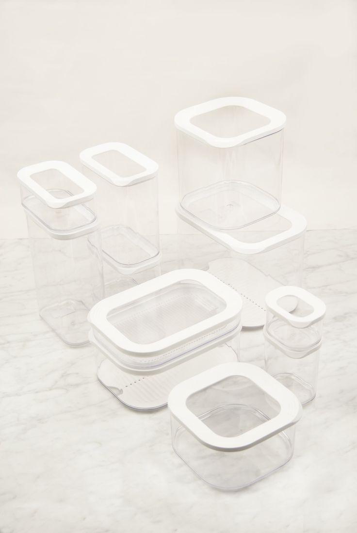Botes de Cocina herméticos con tapas con marco en blanco y transparentes de diferentes volúmenes y tamaños. Libres de BPA. #Menaje #Cocina