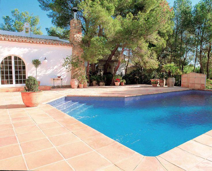 13 mejores im genes sobre decoracio jardi en pinterest - Decoracion piscinas exteriores ...