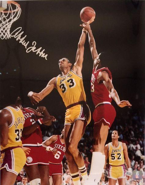 Kareem Abdul-Jabbar Signed Los Angeles Lakers 16x20 Photo JSA - Sports Integrity