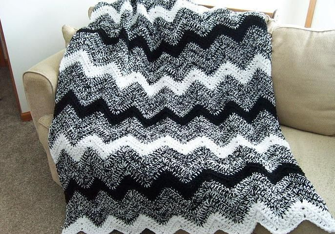 Pretty...Double strand crochet ripple blanket. Tera Nicole Hanneman i want a blanket like this!!:)