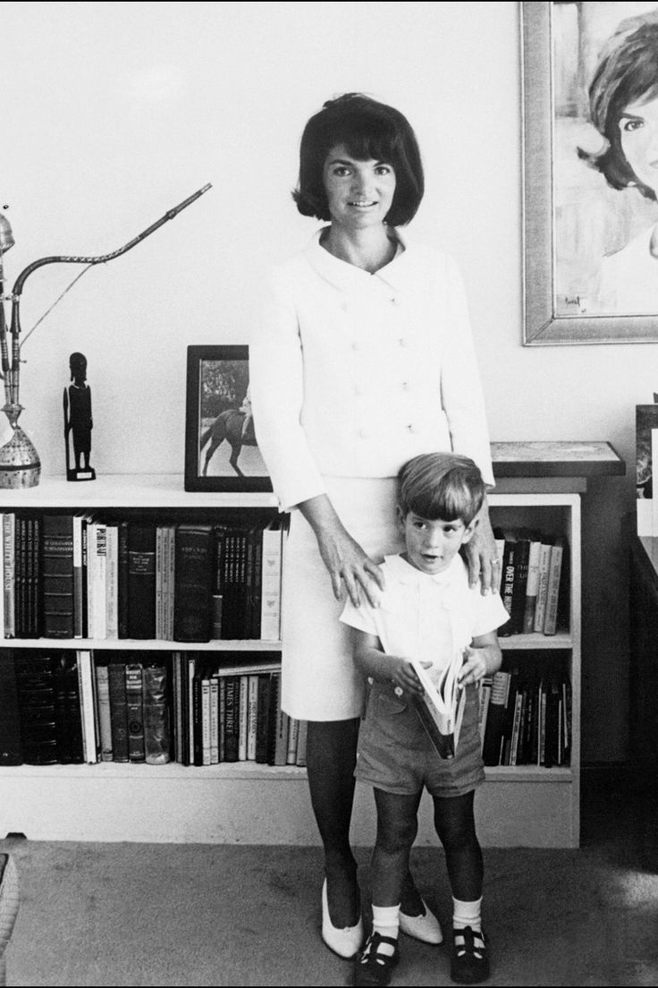 JACKIE KENNEDY LOOKBOOK September 16, 1964 Where: At her apartment with her son in New York City. Photo: AFP/Getty Images