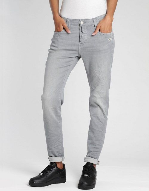 Relax-fit-Jeans »Gerda« mit halb offener Knopfle…