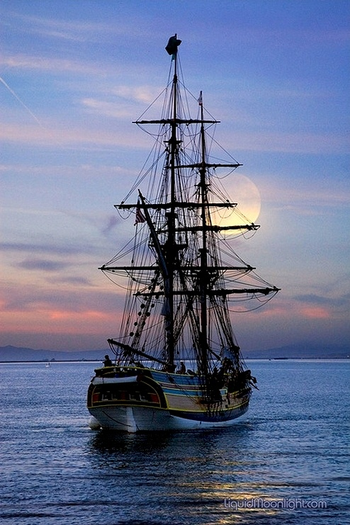 HMS Bounty, lost on October 29, 2012 off Cape Hatteras …