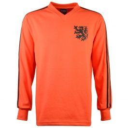 Holland 1974 No. 14 Retro Football Shirt Holland 1974 No. 14 Retro Football Shirt Holland 1974 famous shirt with the 2 stripes. http://www.MightGet.com/may-2017-1/holland-1974-no-14-retro-football-shirt.asp
