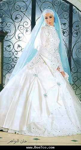 Bridal hijab and dress | MoNa white hearted | Flickr