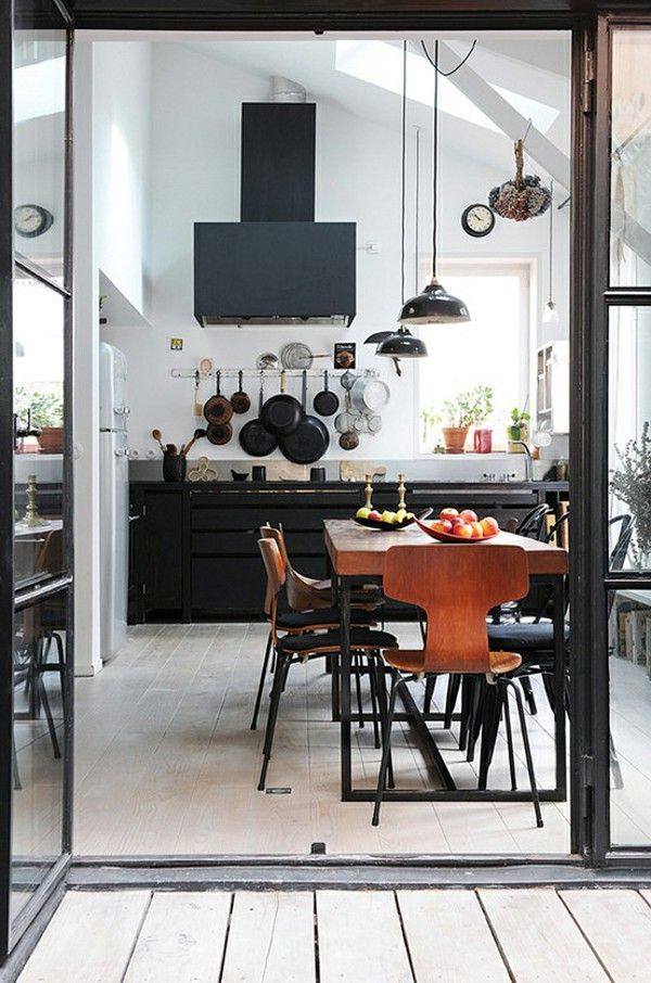 : Dining Room, Kitchens Design, Industrial Kitchens, Interiors Design, Black White, Black Kitchens, Design Kitchen, Modern Kitchens, White Wall