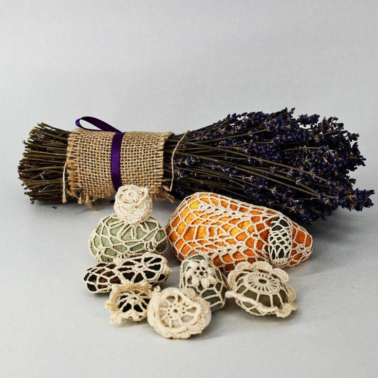 Crochet stone set